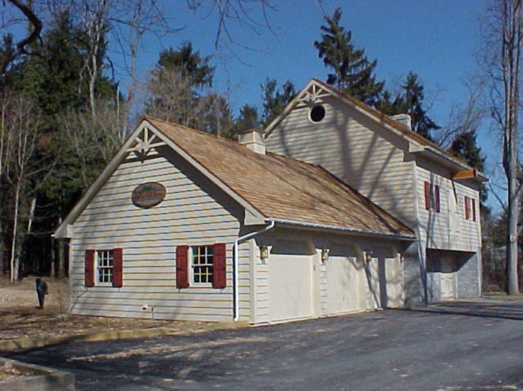 Holleran Residence Exterior Garage View - Olsen Design Group